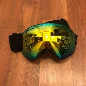 Accessories - Mirrored Snow Goggles